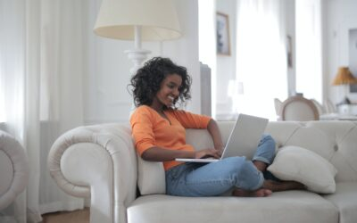5 WAYS TO STAY SANE WHILE WORKING FROM HOME